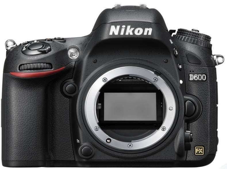 3690 Nikon D600 Vollformat-DSLR+Objektiv