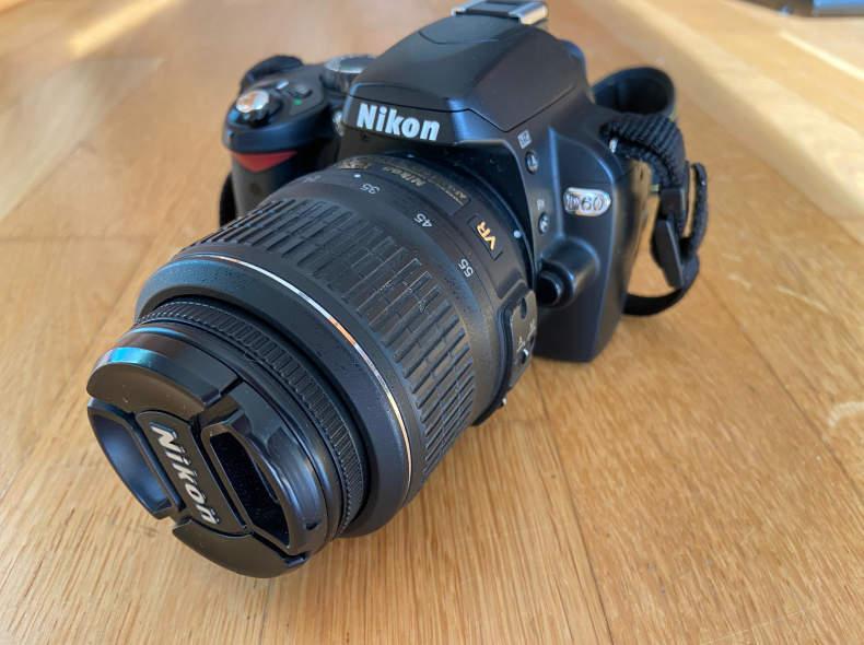 34682 Spiegelreflexkamera Nikon D60