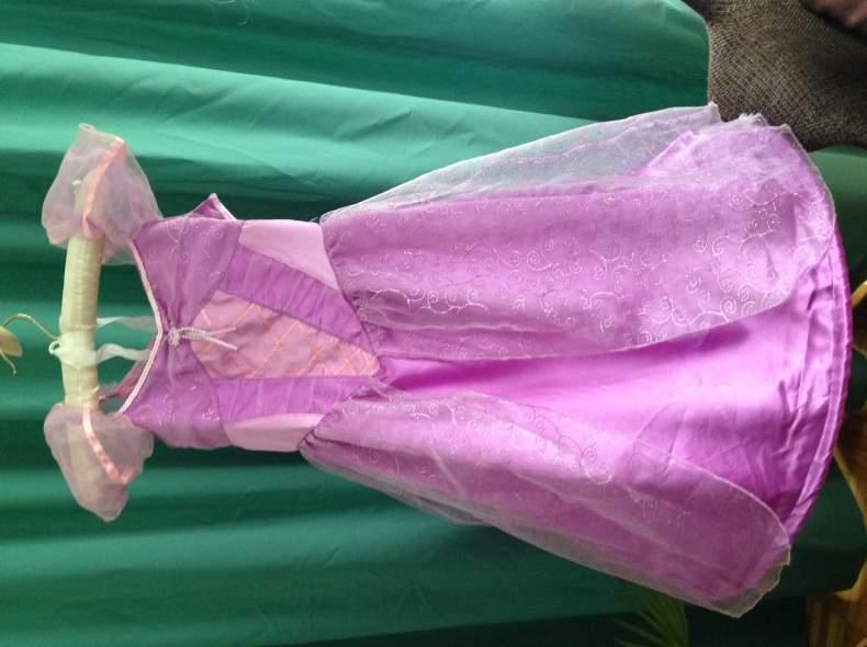 3720 Prinzessinnenkleid Rapunzel