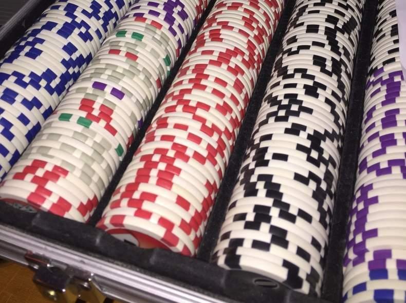 3941 Pokerchips inkl. Plastikkarten