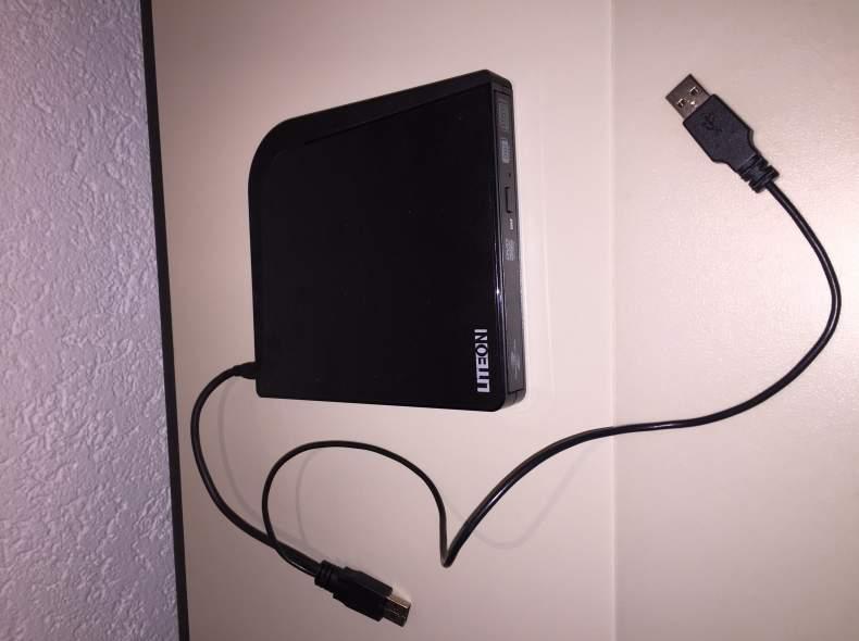 3943 externes CD-Rom und DVD-Laufwerk