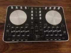 4394 DJ Controller - Reloop Beatmix 2