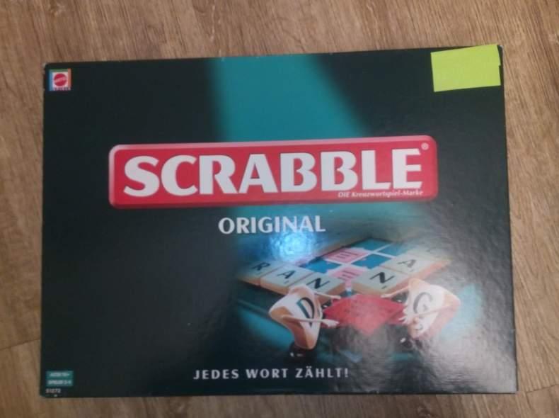 4442 Scrabble-Spiel