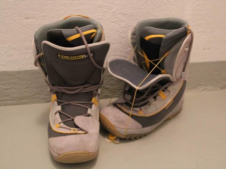 4660 Snowboardschuhe, Grösse 45