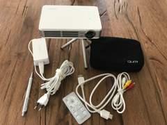 4680 Qumi Q5 DLP Mini Projektor