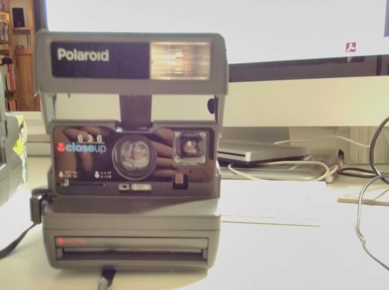 4852 Polaroid close up