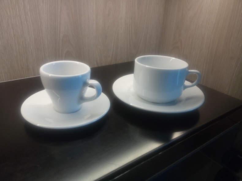 5176 Kaffee- und Espressotassen