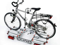 51 Heckträger für bis zu 4 Fahrräder