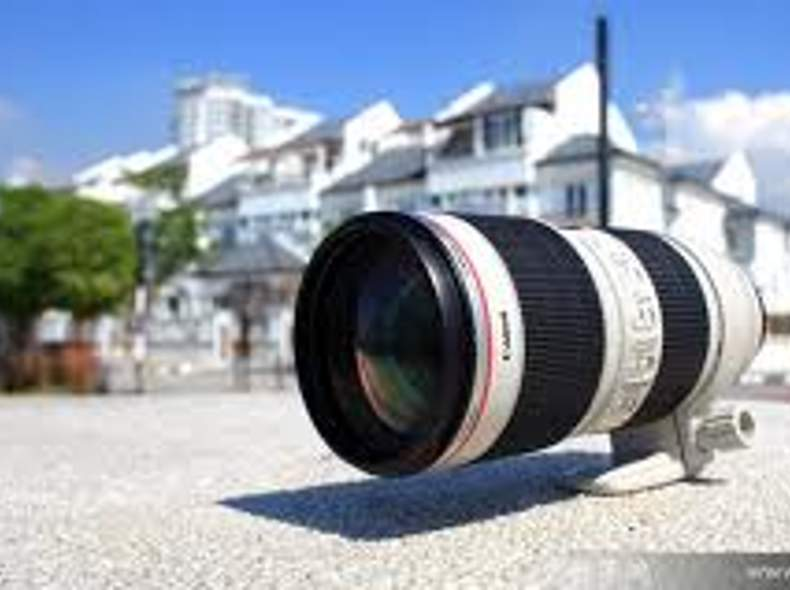 141 Canon Teleobjektiv 70-200mm 2.8