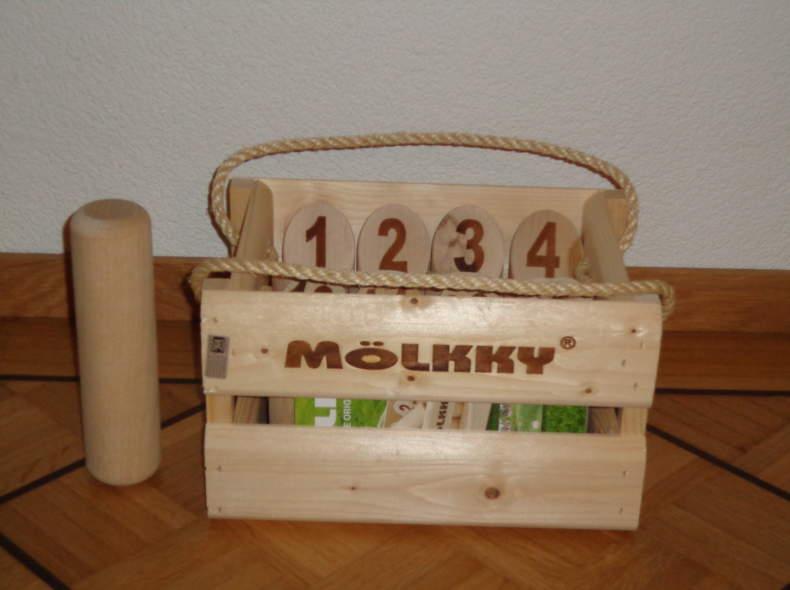 153 Outdoor-Spiel Mölkky