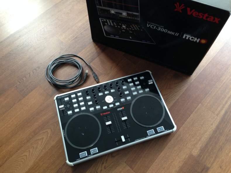 356 DJ Controller Vestax VCI-300 MK II