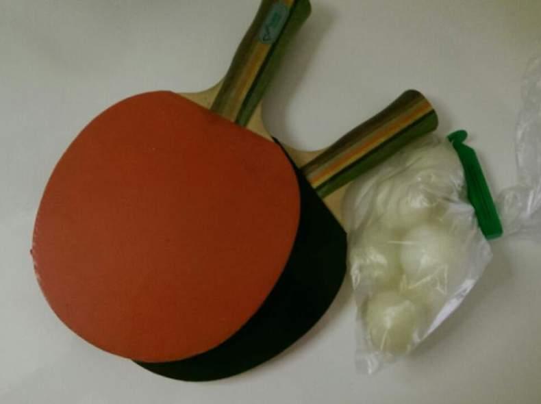 416 Ping-Pong-Set mit Bällen
