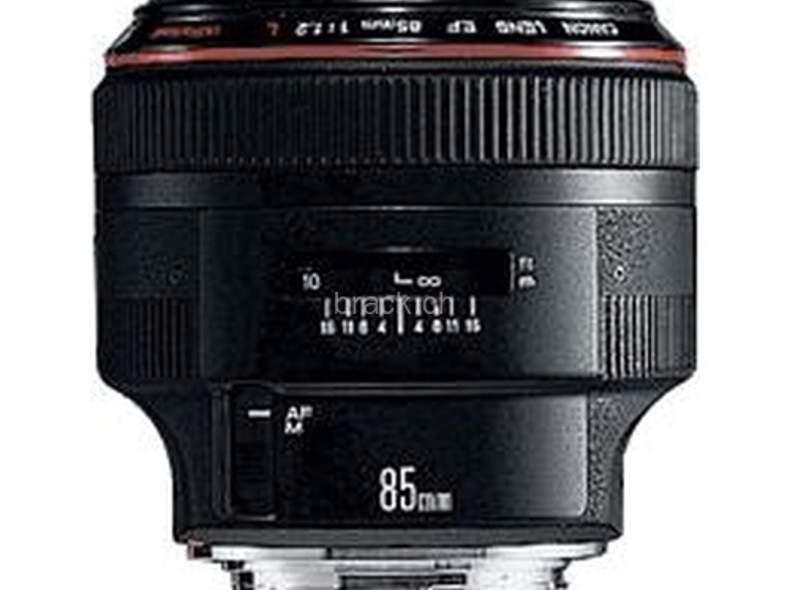 707 Canon EF 85 mm f / 1.2L II USM