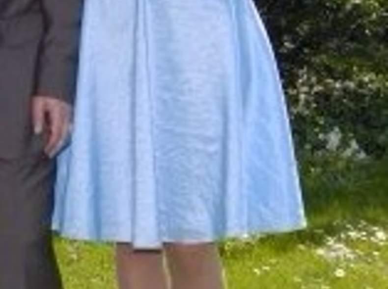 1082 Schönes Abendkleid