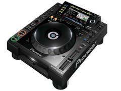 1742 2x Pioneer CDJ 2000, 1x DJM 750
