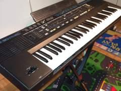 1879 Keyboard Roland E-30