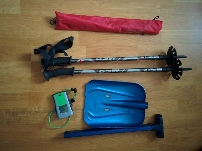 2378 Ski-/Snowboard Touren Ausrüstung