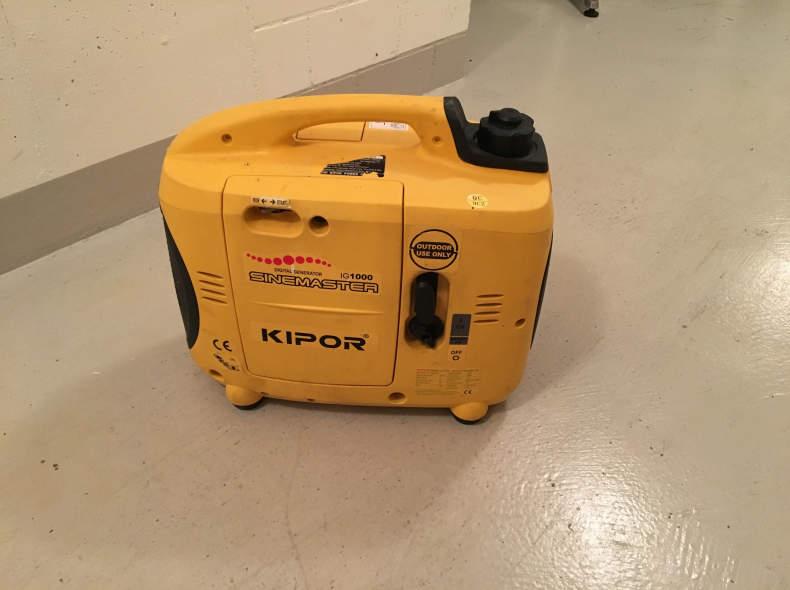 5672 KIPOR Generator 1000W + Kabelrolle
