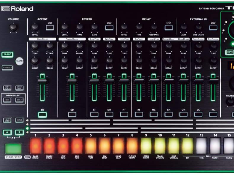 5694 Drumcomputer Roland TR-8
