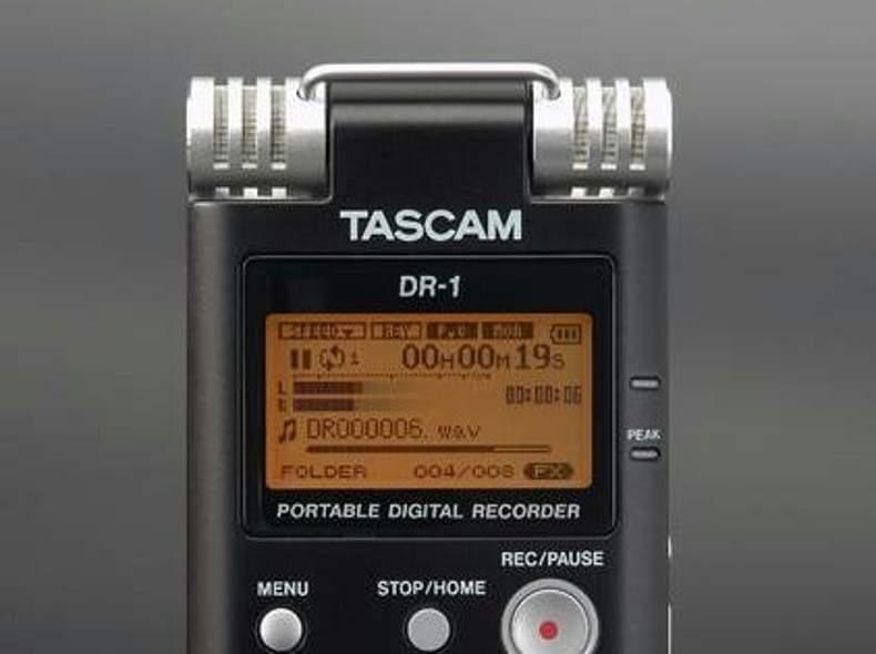 14138 Tascam DR-1 Audio Recorder