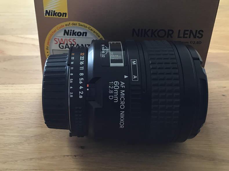 15661 NIKKOR AF Micro 60mm 1:2.8 D