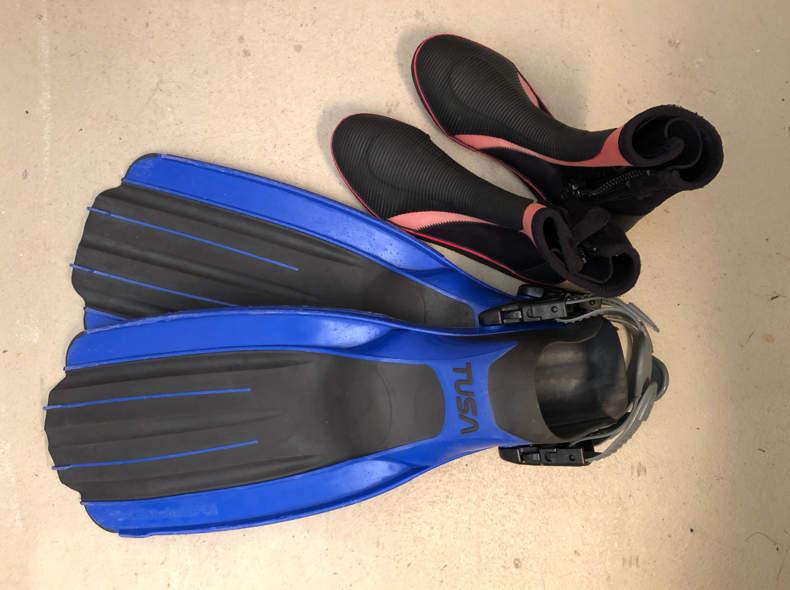 16231 Tauchflossen Grösse L mit Schuhe
