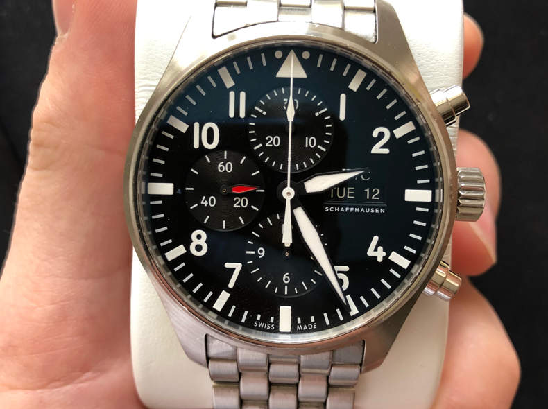17181 IWC Pilot Chronograph (2016)