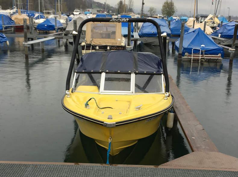 17243 Motorboot / Wakeboard 120PS Zürisee