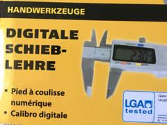 18556 Digitale Schieblehre