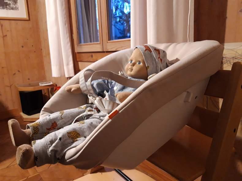 19586 Babyschale Newbornschale TrippTrapp