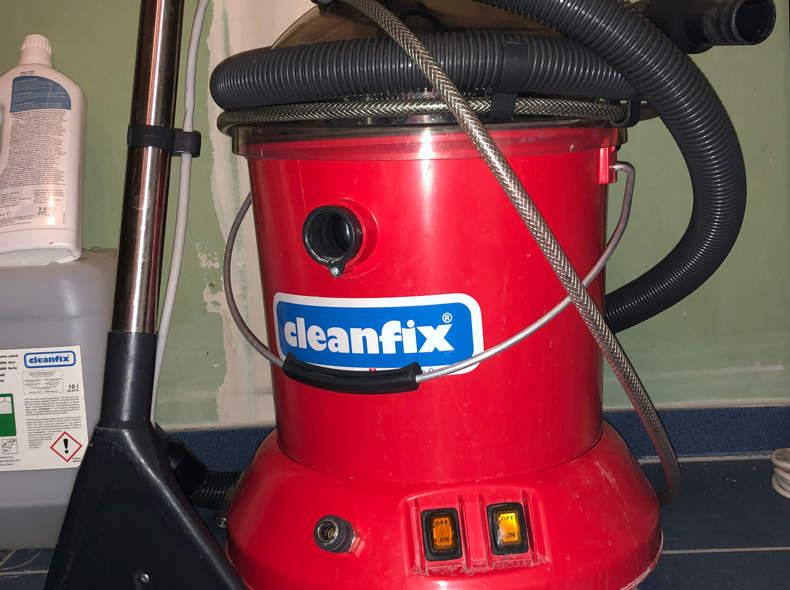 19882 Cleanfix Teppichreinigungsgerät