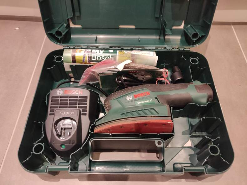 20203 Akku-Schleifmaschine