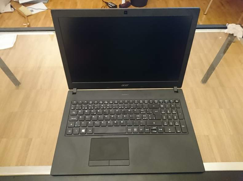 20775 Acer Laptop Travelmate