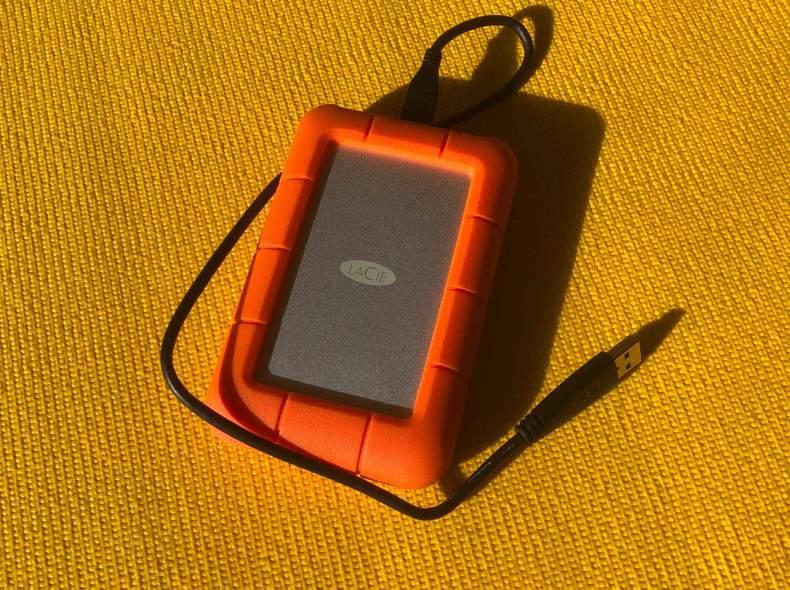 21063 Lacie rugged 5TB HD
