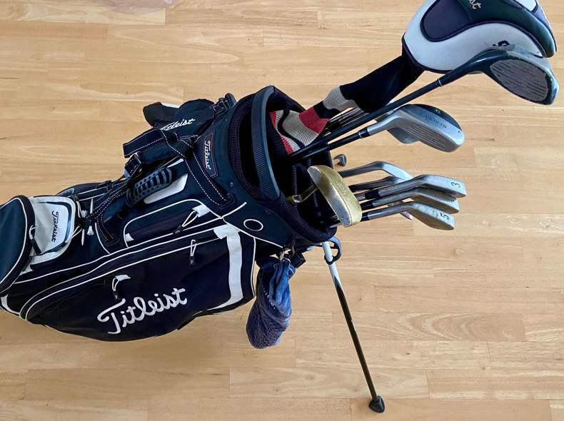 21757 Golf set Titleist & Bag
