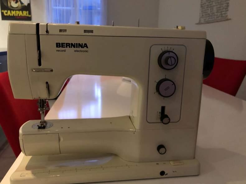 21961 Nähmaschine Bernina