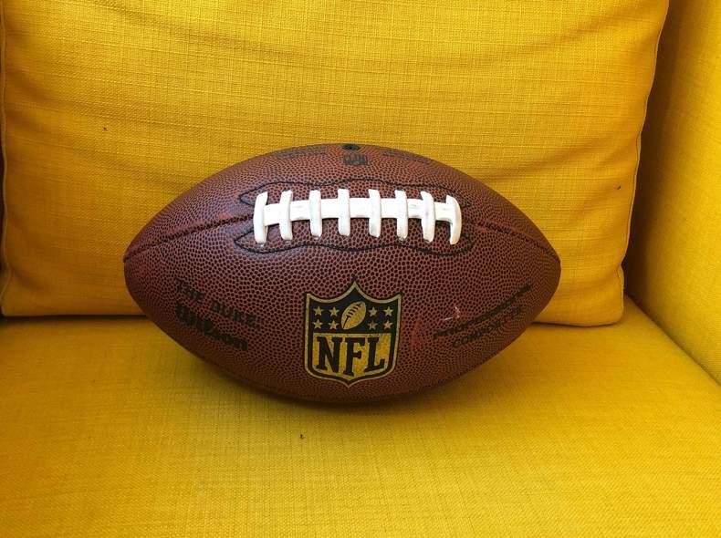 22324 American Football