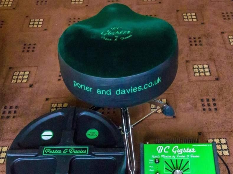 22809 Porter & Davies BC Gigster Monitor
