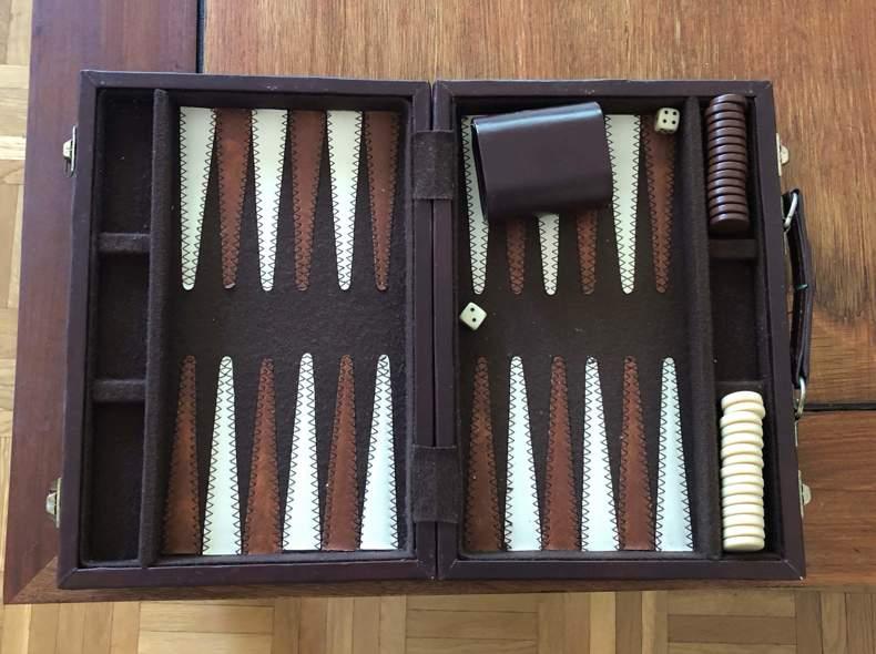 23402 Spiel: Backgammon
