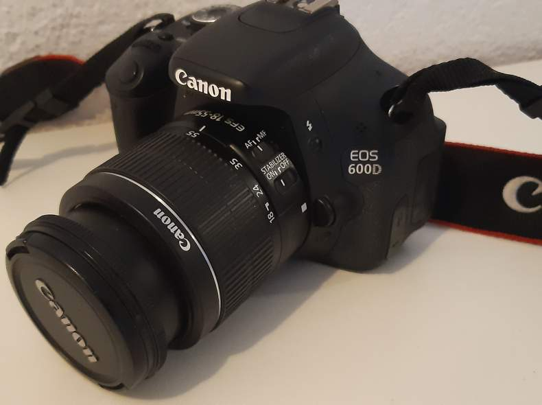 23622 Canon EOS 600D 18mm 55mm