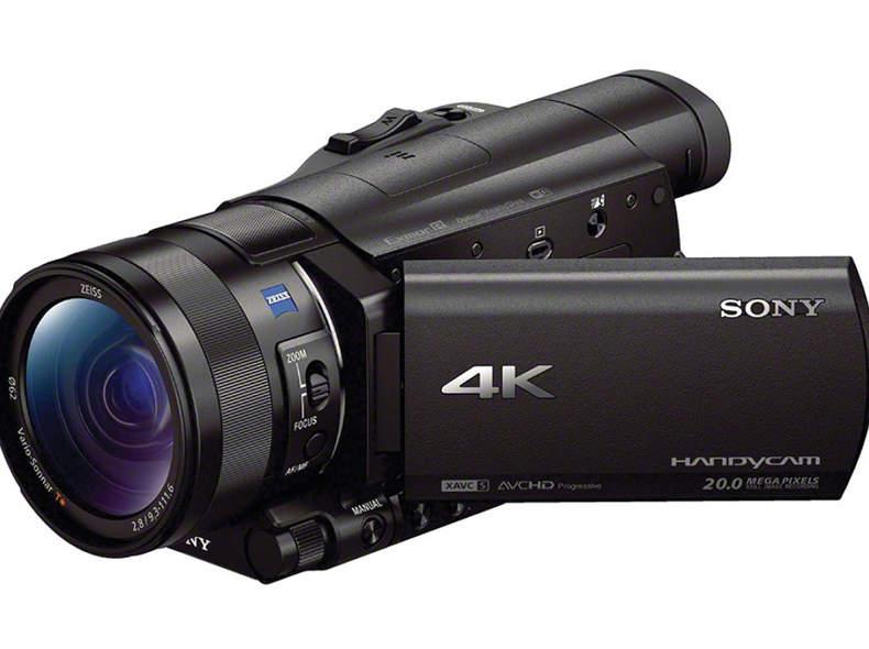 24118 Sony Handycam AX100