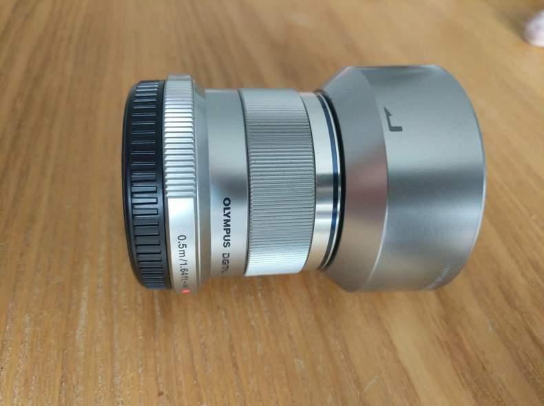 24307 Olympus MFT Objektiv 45mm 1.8