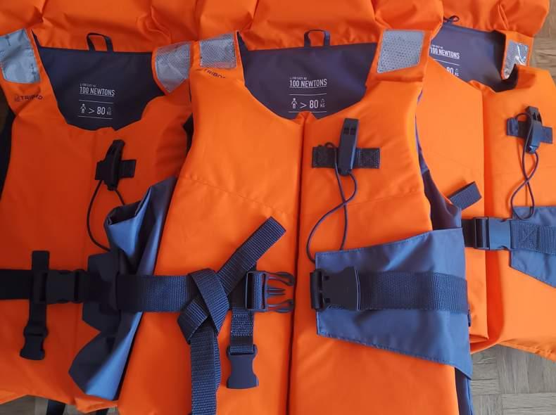 24556 1 Schwimmweste/ Rettungsweste 100N