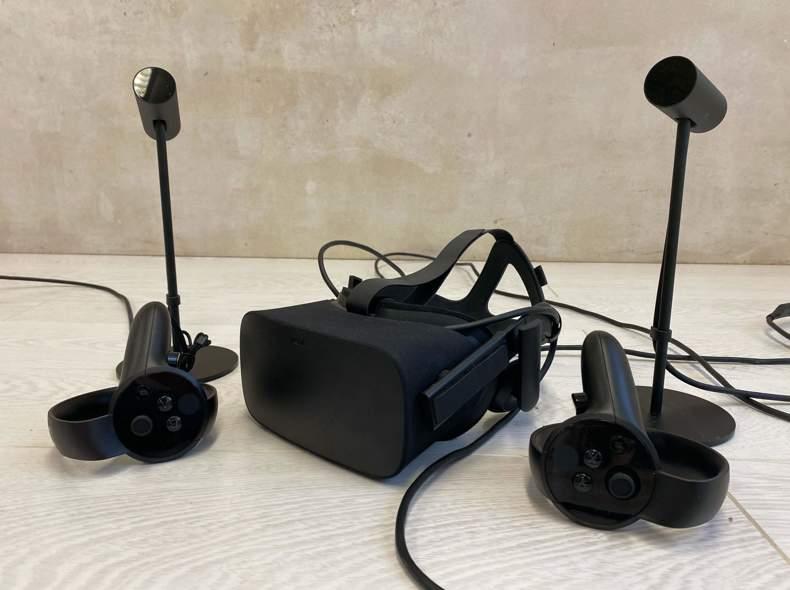 25240 Oculus Rift VR + Oculus Touch