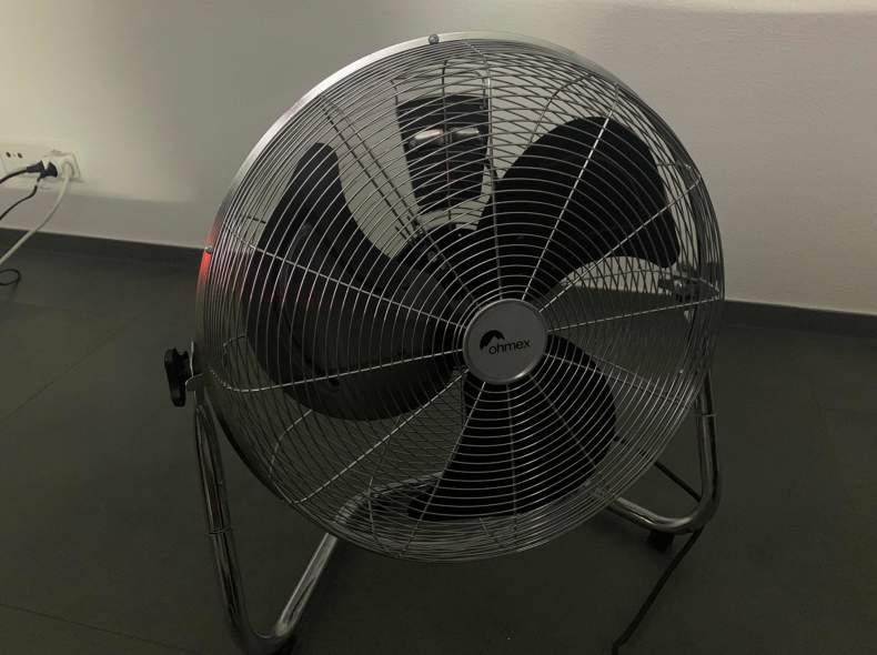 25549 Ventilator
