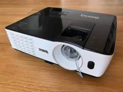 25629 Beamer FullHD 3000 ANSI
