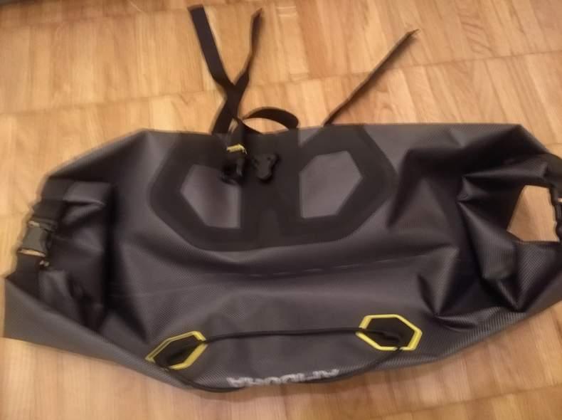 25871 Bikepacking Apidura Handlebar 14L