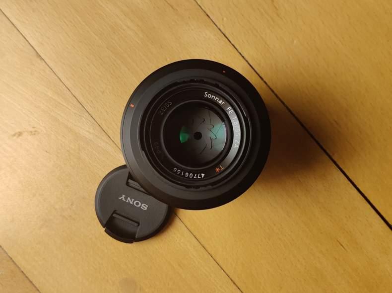27200 Sony FE 55mm f/1.8 E-Mount Objektiv