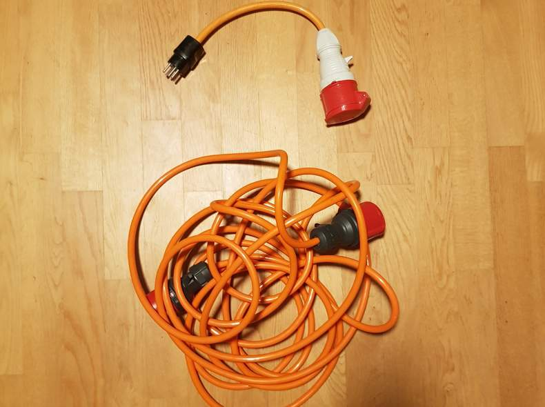 27584 Starkstrom Verlängerung + Adapter