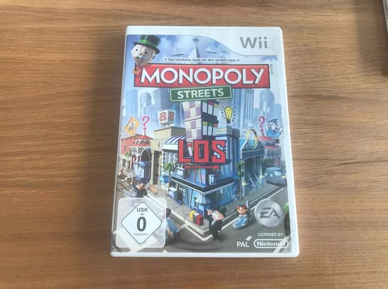 28941 Monopoly Streets - Wii Spiele